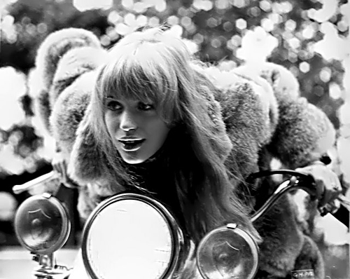 Marianne-Faithfull-Girl-on-a-Motorcycle-500px