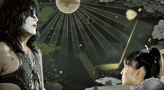 kissmomoirovideo_638