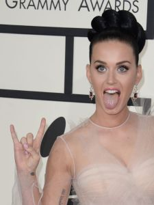 Katy Perry arrives on the red carpet for the 56th Grammy Awards at the Staples Center in Los Angeles, California, January 26, 2014. AFP PHOTO ROBYN BECK        (Photo credit should read ROBYN BECK/AFP/Getty Images)