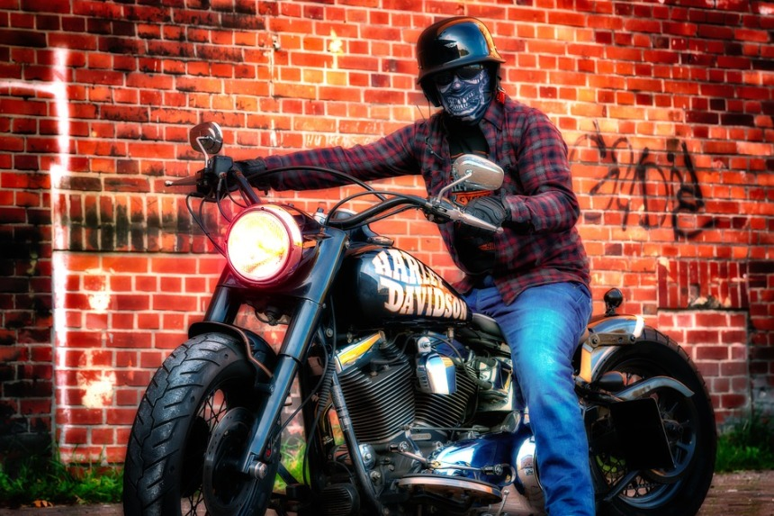 motorcycle-3775528_960_720