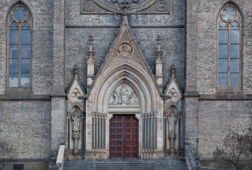 old_castle_door_by_steadyman1_daw2aj1-fullview